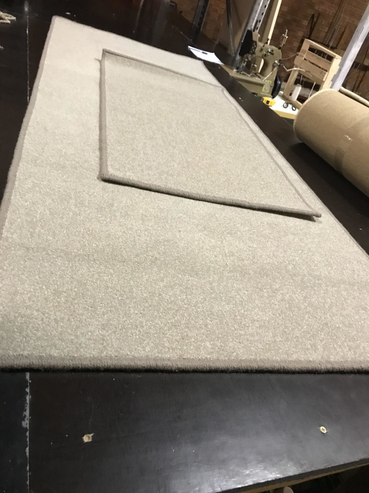 carpet overlocking binding is the built and designed for carpet overlocking services.